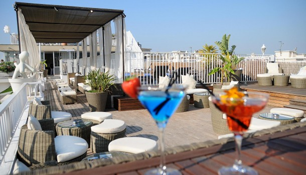 Hotel Splendid Nice France cocktails on the roof