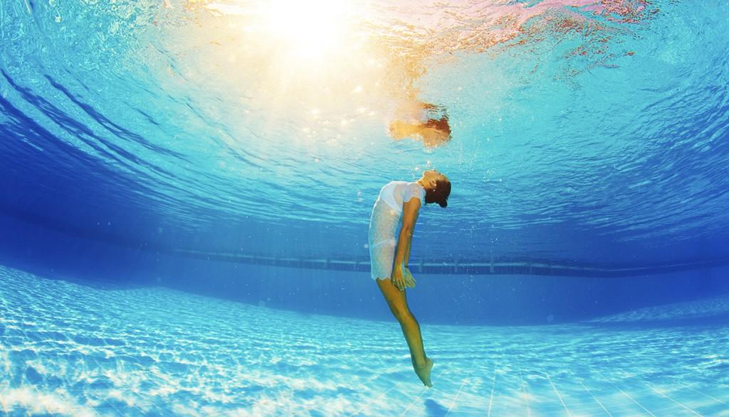 Underwater-466137537